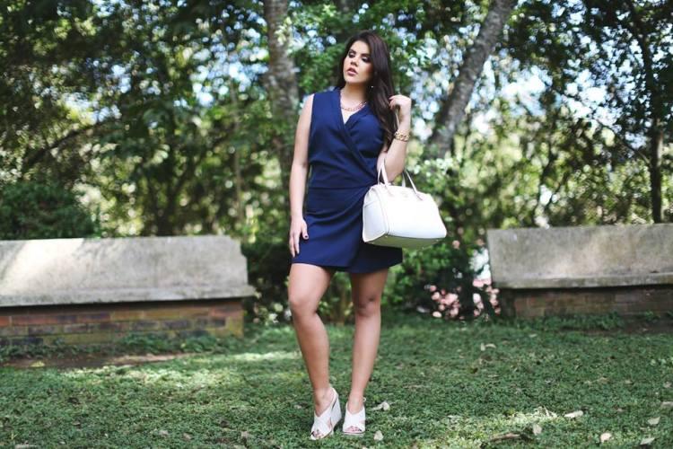vestido azul cuerpo completo